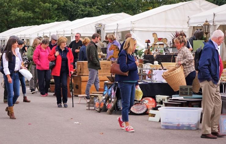 Shepton Mallet - Antiques, Vintage & Collectors Fair